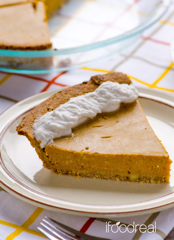 Vertical-clean-pumpkin-pie